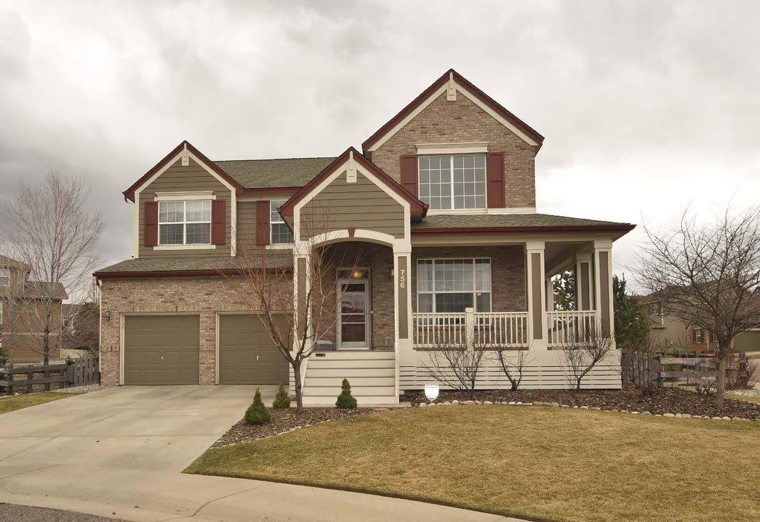 Stunning two story on a corner lot quiet cul de sac for Cul de sac house plans