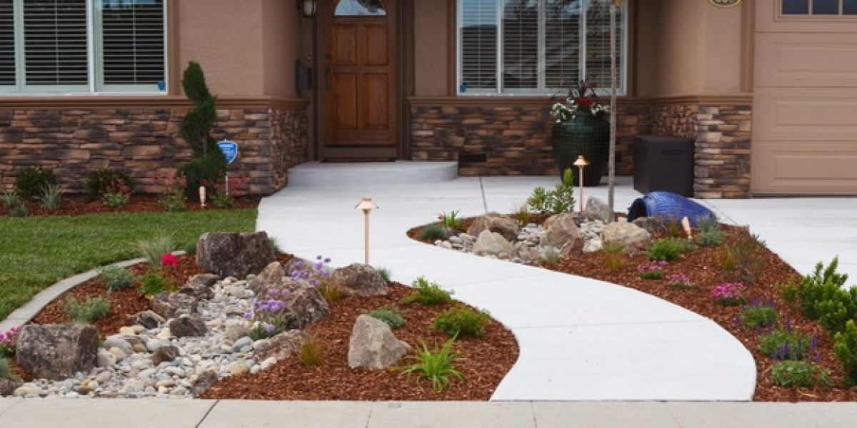 Get A Beautiful Yard With These Low Water Landscaping Tips